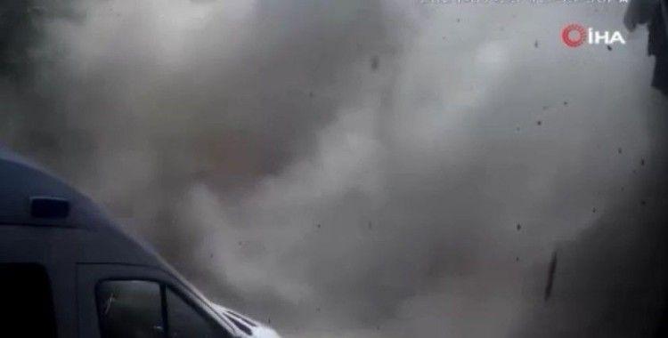 Afrin'de Sivil Savunma Merkezi'nin vurulduğu anlar kameraya yansıdı