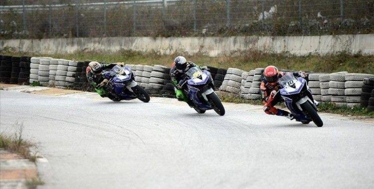 Milli motosikletçi Toprak Razgatlıoğlu ve Bahattin Sofuoğlu, Hollanda yarışında talihsizlikler yaşadı