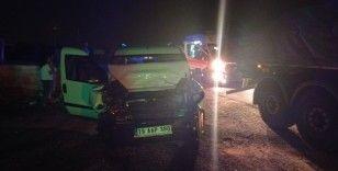 Ehliyetsiz ve alkollü sürücü kaza yaptı: 5 yaralı