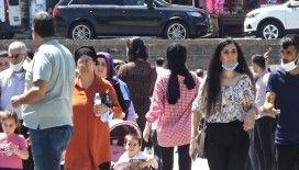 Diyarbakır kırmızıya büründü, hastanede yataklar yüzde 40 doldu