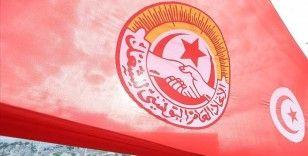 Tunus Genel İşçi Sendikasından Cumhurbaşkanı Said'in aldığı kararların kalıcı hale dönüşmemesi çağrısı