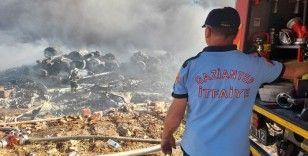 Gaziantep'teki depo yangını 6 saatte kontrol altına alındı