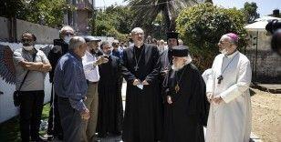 Kudüs'teki Hristiyan din adamlarından Şeyh Cerrah Mahallesi sakinlerine destek ziyareti