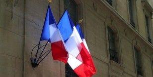 Paris'ten İngiltere'ye Kovid-19 karantina zorunluluğuna 'ayrımcı önlem' tepkisi