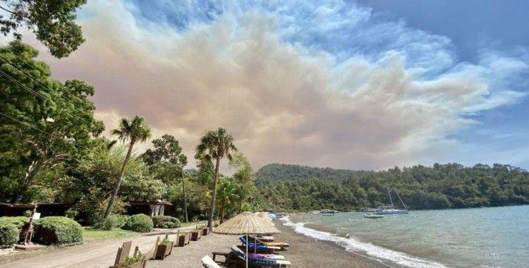 Marmaris'te ormanlık alanda yangın çıktı