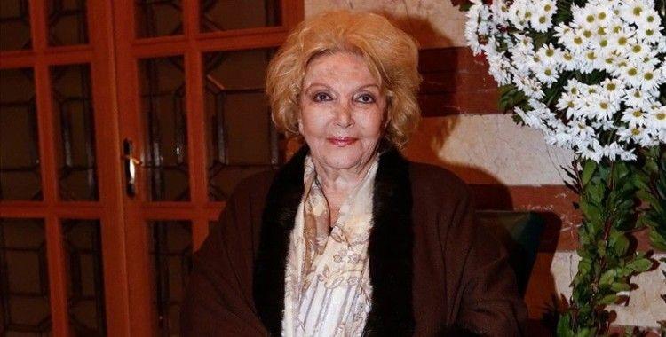 Devlet sanatçısı Nedret Güvenç hayatını kaybetti