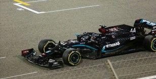 F1 Macaristan Grand Prix'sinde pole pozisyonu Lewis Hamilton'ın