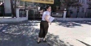 Asansörde mahsur kalan genç kız KPSS'ye yetişemedi