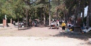 Piknik alanlarında yoğunluk oluştu