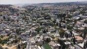 İsrail mahkemesi Kudüs'ün Şeyh Cerrah Mahallesi'ndeki ailelerin tehciriyle ilgili kararı yine erteledi