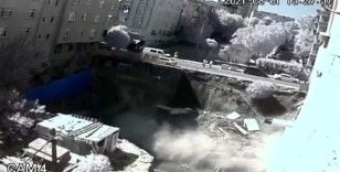Bağcılar'da inşaatın temel duvarı böyle çöktü