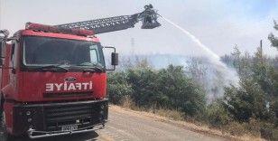 TSK, pek çok bölgede yangın söndürme ve tahliye çalışmalarına destek vermeyi sürdürüyor