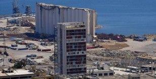 Beyrut Limanı bir yıl önceki patlamadan sonra uluslararası firmaların odağı haline gelse de hala imardan uzak
