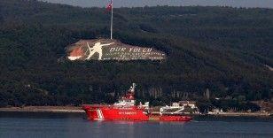 Yangın bölgelerine destek için yola çıkan Nene Hatun Acil Durum Müdahale Gemisi Çanakkale Boğazı'na ulaştı
