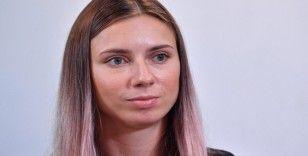 """""""Belarus'a dönseydim akıl hastanesine yatırılabilir, hapishaneye atılabilirdim"""""""
