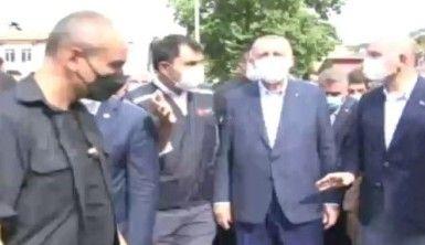 Cumhurbaşkanı Erdoğan, sel bölgesinde incelemelerde bulundu