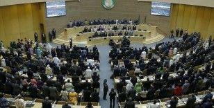Afrika Birliği ve ECOWAS'tan Gine'deki darbeye kınama