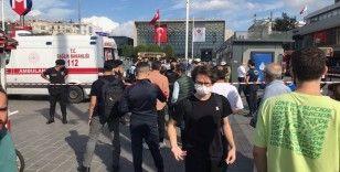 Taksim Metro istasyonunda bir kişi raylara atlayarak intihar etti