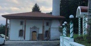 Yangında zarar gören tarihi cami restorasyonunda sona gelindi