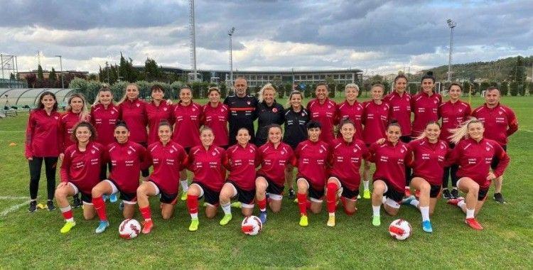 A Milli Kadın Futbol Takımı hazırlıklarına başladı