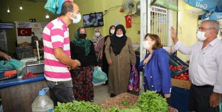 Fatma Şahin'den Turanemeksiz ve Onur mahallelerine ziyaret