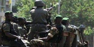 Gine'de cunta geçiş hükümeti için çalışmalara başladı