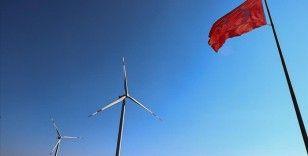 Bakan Dönmez: Türkiye'nin rüzgar enerjisi kurulu gücü 10 bin megavatı aştı