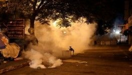 İsrail askerlerinden El Halil'de Filistinli tutuklulara destek gösterisine plastik mermili müdahale