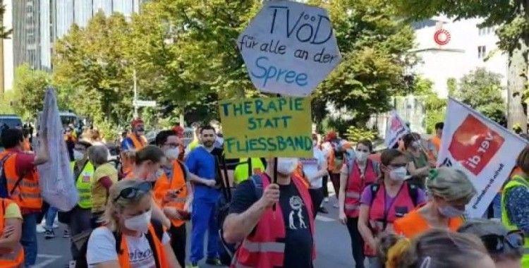 Berlin'de sağlık çalışanları grevde