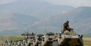 Tacikistan'daki Rus üssüne 30 yeni tank gönderilecek