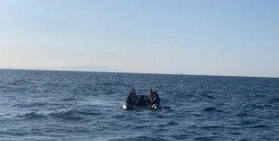 Ayvalık'ta 35 göçmen kurtarıldı
