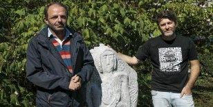 Bosna Hersek'in anıtsal Orta Çağ mezar taşları belgeselleştirildi