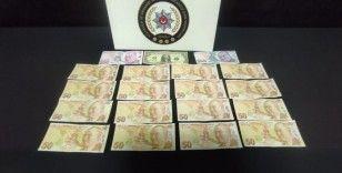 Bin liralık sahte para ile yakalandı