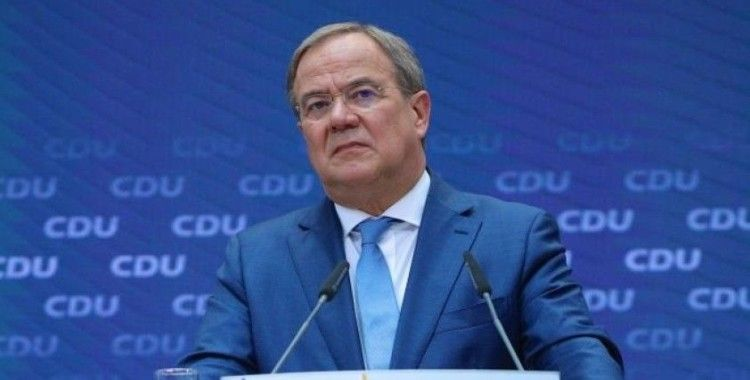 Almanya'da başbakan adayı Laschet iktidara gelirse ilk 100 günde yapacaklarını duyurdu