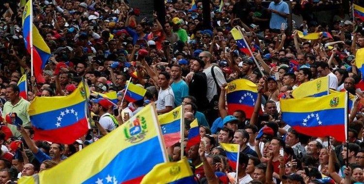 Venezuela'da iktidar ile muhalefet arasındaki diyalog masası yeniden kurulmaya çalışılıyor