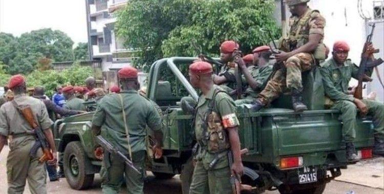 Gine'de darbenin ardından hükümet kurma görüşmeleri başladı