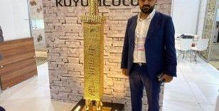 Milyonluk altınlar sergilendi, tarihi Dört Ayaklı Minare ve kıyafet gözleri kamaştırdı