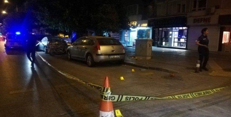 İzmir'de alacak verecek tartışması silahlı kavgaya dönüştü: 1 ölü, 2 yaralı