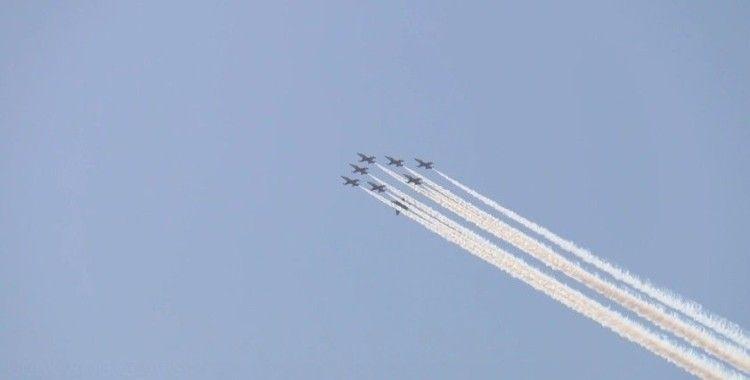 TEKNOFEST öncesi İstanbul Boğazı'nda gösteri uçuşu