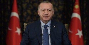 Cumhurbaşkanı Erdoğan, eğitim-öğretim imkanlarına ilişkin paylaşımda bulundu