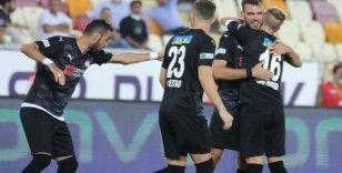 Sivasspor ligdeki ilk galibiyetini aldı