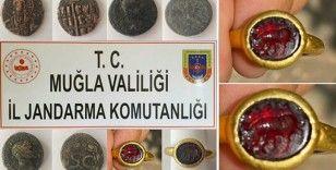 Jandarma, 1,5 milyon dolarlık yakut yüzüğü satılmak istenirken ele geçirdi