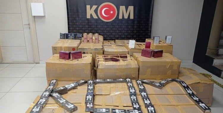 Manavgat'ta 7 bin 950 adet gümrük kaçağı parfüm ele geçirildi