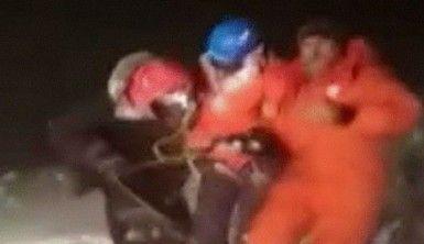 Rusya'daki Elbruz Dağı'nda 19 dağcı mahsur kaldı