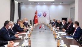 Bakan Özer, KKTC Eğitim ve Kültür Bakanı Amcaoğlu'nu ağırladı