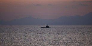 ABD denizaltısı Pasifik'te bilinmeyen bir cisme çarptı