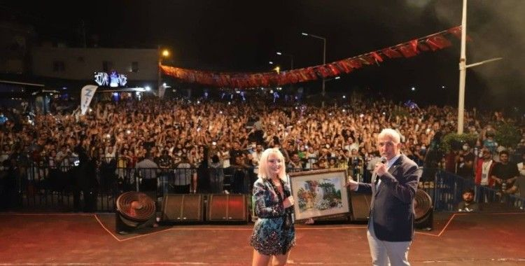 Balık Festivali, Ece Seçkin konseriyle sona erdi