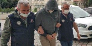 Aranan 5 FETÖ üyesi hücre evinde yakalandı