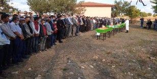 Afyon'daki kahreden kazada hayatını kaybeden öğrenciler için toplu cenaze namazı