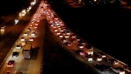 43 ilin geçiş noktası, kilit kavşakta hafta sonu trafik yoğunluğu